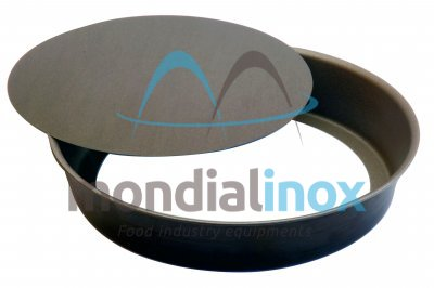 Even manque round mould with removable non-stick bottom