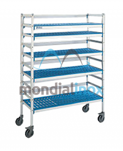 Shelf for stores on wheels